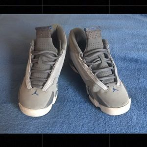 Grey & Blue NIKE Jordan's 💙